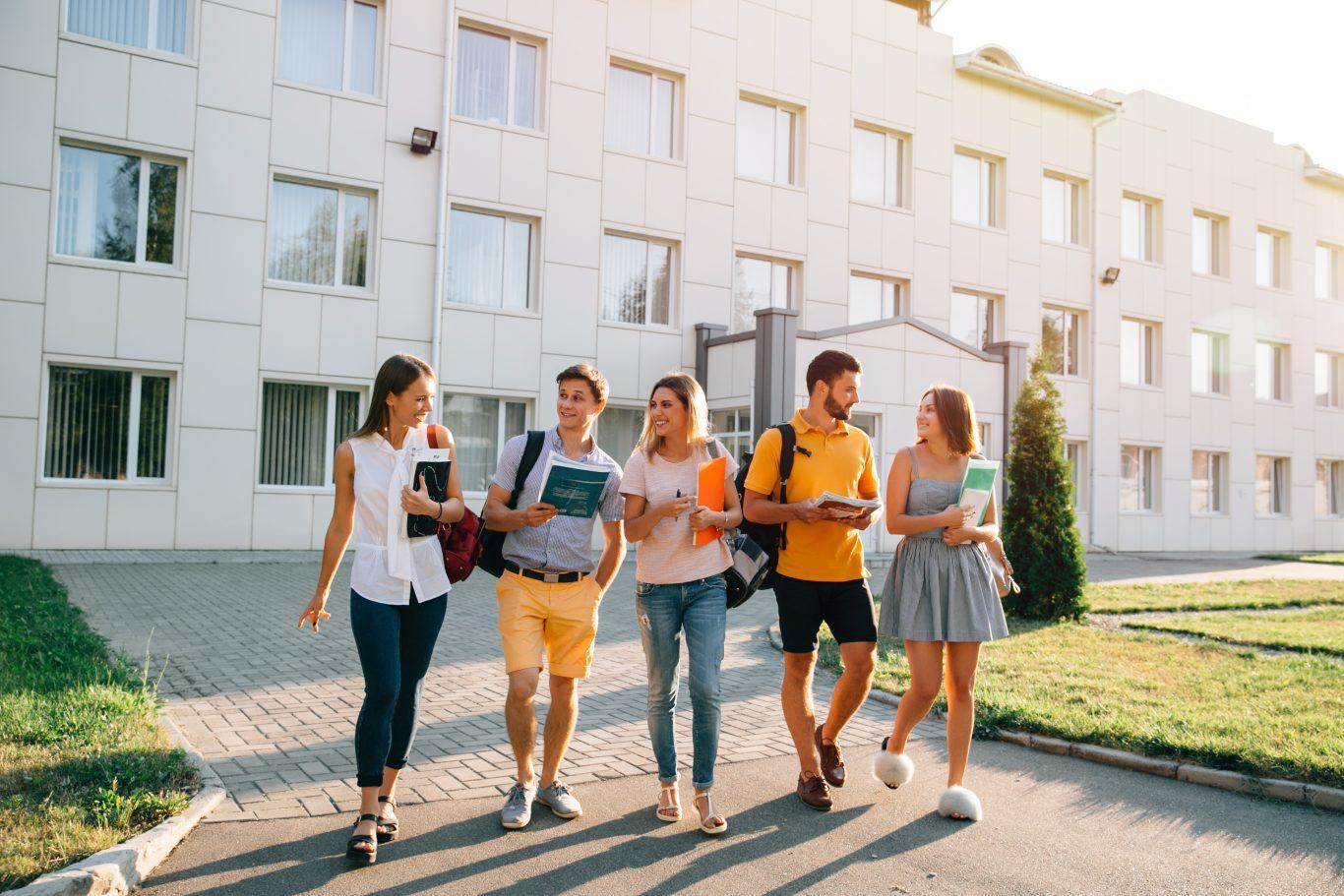 به بهترین دانشگاه های اوکراین بپیوندید